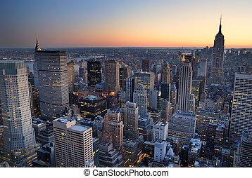 건물, 도시, with., 공중선, 파노라마, 지평선, 상태, 일몰, 요크, 새로운, 제국, 맨해튼, 보이는 상태