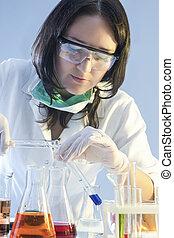 과학, 실험실, 다룸, 플라스크, 연구실, 화학 제품, 실험, 여성, 건강 관리, 의학, 동안에, concepts., 견본, 채우는, 직원