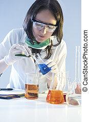 과학, 실험실, laboratory., 건강 관리, 플라스크, 화학 제품, 실험, 여성, 다룸, 의학, 동안에, concepts., 견본, 채우는, 직원