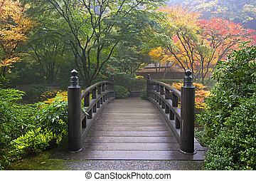 나무의 다리, 일본 정원, 가을