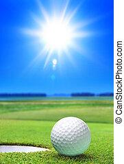 녹색 공, 골프 코스