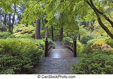 다리, 달, 일본 정원