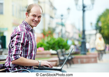 미소, 휴대용 퍼스널 컴퓨터, 남자