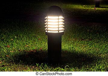 백열하는 것, 램프, 암흑, 정원