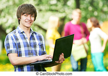 소년, 휴대용 퍼스널 컴퓨터, 나이 적은 편의, 학생, 미소