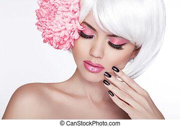 아름다운, 완전한, 여자, 여성, 라일락, 아름다움, face., 구성, 배경, 고립된, 매니큐어를 칠하게 된다, flower., 그녀, 신선한, 블론드인 사람, 광천, skin., 초상, 백색, 만지는 것, nails.