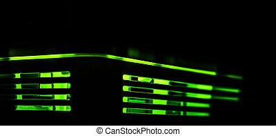 암흑, 은 점화한다, 떼어내다, 녹색