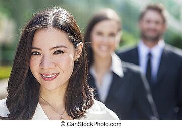 여성 비즈니스, 여자 실업가, 타인종간이다, 아시아 사람, 팀