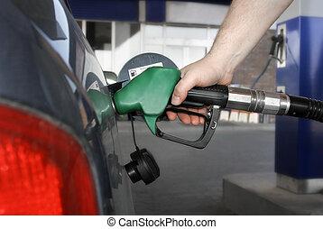 연료를 공급, up!