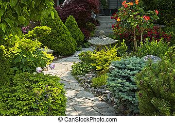좁은 길, 돌 정원, 정원사 노릇을 함