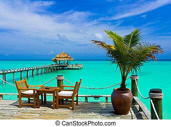 커피점, 바닷가