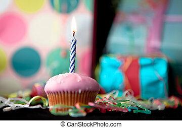 컵, 생일 케이크