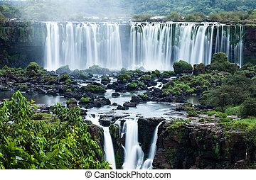 폭포, 위치한다, 브라질의, 경계, iguassu, 시리즈, 세계, 보이는 상태, 쪽, 가장 큰, 아르헨티나인, 폭포