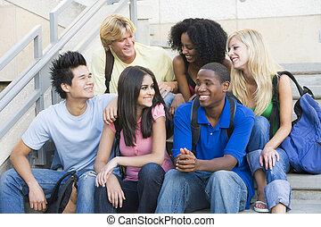 학생, 은 족답한다, 대학, 그룹, 착석